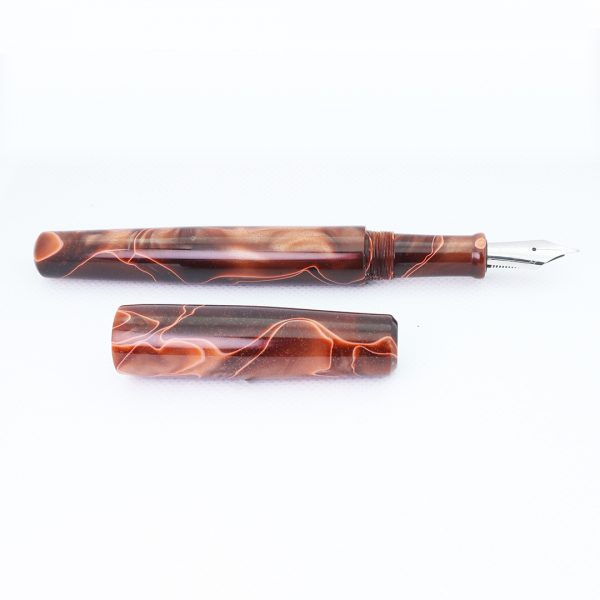 Wet and Wise Chocolate Swirl fountain pen