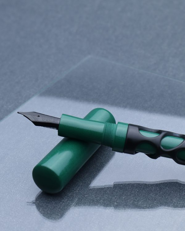 Wet and Wise Hulk Smash Fountain Pen